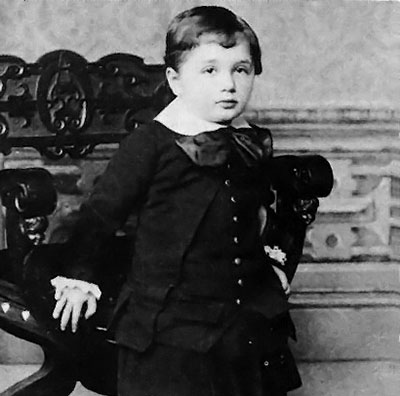 einstein-at-three-1882